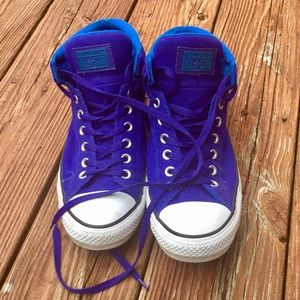 Immaculate condition CONVERSE ALL STARS.
